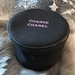 ✨ Chanel makeup bag 💄🤩